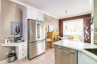"""Photo 13: 8510 212 Street in Langley: Walnut Grove House for sale in """"Forest Hills"""" : MLS®# R2450505"""