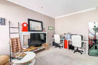 """Photo 11: 8510 212 Street in Langley: Walnut Grove House for sale in """"Forest Hills"""" : MLS®# R2450505"""