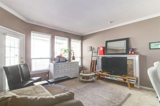 """Photo 10: 8510 212 Street in Langley: Walnut Grove House for sale in """"Forest Hills"""" : MLS®# R2450505"""
