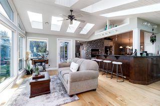 "Photo 10: 4216 ROSS Road in Abbotsford: Bradner House for sale in ""Bradner"" : MLS®# R2453313"