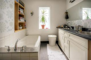 Photo 16: 255 Nassau Street North in Winnipeg: Single Family Detached for sale (1B)  : MLS®# 202012661