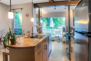 Photo 7: 255 Nassau Street North in Winnipeg: Single Family Detached for sale (1B)  : MLS®# 202012661