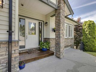 Photo 3: 7930 HUGHES Terrace in Mission: Mission BC House for sale : MLS®# R2467624