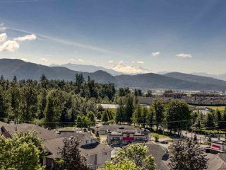 Photo 14: 7930 HUGHES Terrace in Mission: Mission BC House for sale : MLS®# R2467624