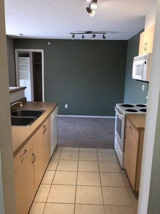 Photo 2:  in Edmonton: Zone 20 Condo for sale : MLS®# E4204711