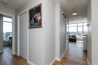 "Photo 18: 1703 168 W 1ST Avenue in Vancouver: False Creek Condo for sale in ""WALL CENTER FALSE CREEK"" (Vancouver West)  : MLS®# R2481779"
