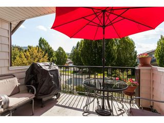 """Photo 8: 76 4401 BLAUSON Boulevard in Abbotsford: Abbotsford East Townhouse for sale in """"THE SAGE"""" : MLS®# R2485682"""