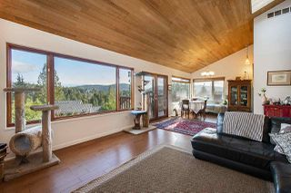 Photo 4: 2056 CLIFFWOOD Road in North Vancouver: Deep Cove House for sale : MLS®# R2521217