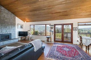 Photo 2: 2056 CLIFFWOOD Road in North Vancouver: Deep Cove House for sale : MLS®# R2521217