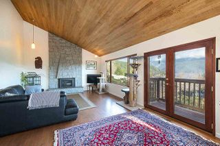 Photo 3: 2056 CLIFFWOOD Road in North Vancouver: Deep Cove House for sale : MLS®# R2521217