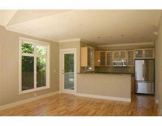 Photo 2: 237 W 11TH AV in Vancouver: Mount Pleasant VW House for sale (Vancouver West)  : MLS®# V555360