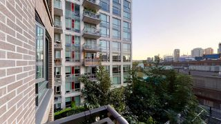 "Photo 15: 717 188 KEEFER Street in Vancouver: Downtown VE Condo for sale in ""188 KEEFER"" (Vancouver East)  : MLS®# R2408251"