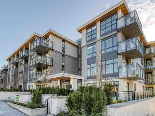 """Main Photo: 307 707 E 3RD Street in North Vancouver: Lower Lonsdale Condo for sale in """"GREEN ON QUEENSBURY"""" : MLS®# R2420343"""