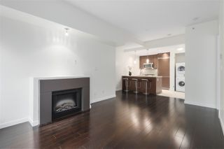 Main Photo: 2538 MAPLE Street in Vancouver: Kitsilano Townhouse for sale (Vancouver West)  : MLS®# R2440843