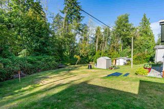 """Photo 30: 54 24330 FRASER Highway in Langley: Otter District Manufactured Home for sale in """"LANGLEY GROVE ESTATES"""" : MLS®# R2463203"""