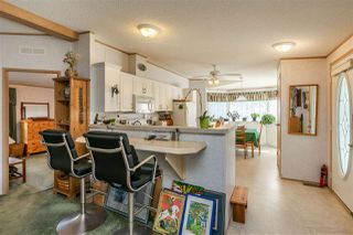"""Photo 7: 54 24330 FRASER Highway in Langley: Otter District Manufactured Home for sale in """"LANGLEY GROVE ESTATES"""" : MLS®# R2463203"""