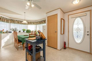 """Photo 3: 54 24330 FRASER Highway in Langley: Otter District Manufactured Home for sale in """"LANGLEY GROVE ESTATES"""" : MLS®# R2463203"""
