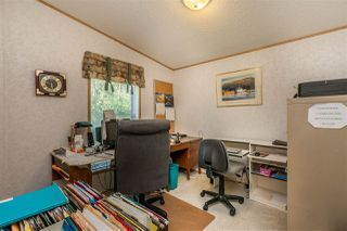 """Photo 21: 54 24330 FRASER Highway in Langley: Otter District Manufactured Home for sale in """"LANGLEY GROVE ESTATES"""" : MLS®# R2463203"""