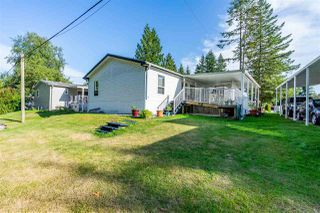 """Photo 28: 54 24330 FRASER Highway in Langley: Otter District Manufactured Home for sale in """"LANGLEY GROVE ESTATES"""" : MLS®# R2463203"""