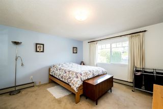 Photo 11: 1728 GORDON Avenue in West Vancouver: Ambleside House for sale : MLS®# R2470275