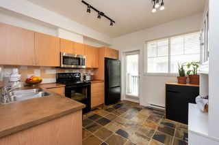 "Photo 10: 58 5839 PANORAMA Drive in Surrey: Sullivan Station Townhouse for sale in ""Forest Gate"" : MLS®# R2470931"