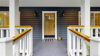 Photo 2: 1409 Hillgrove Rd in North Saanich: NS Lands End Single Family Detached for sale : MLS®# 841102