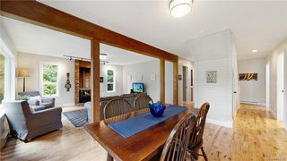 Photo 9: 1409 Hillgrove Rd in North Saanich: NS Lands End Single Family Detached for sale : MLS®# 841102