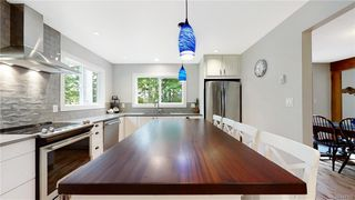 Photo 12: 1409 Hillgrove Rd in North Saanich: NS Lands End Single Family Detached for sale : MLS®# 841102