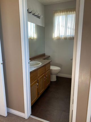 Photo 18: 554 STRATHCONA Drive SW in Calgary: Strathcona Park Semi Detached for sale : MLS®# A1020759