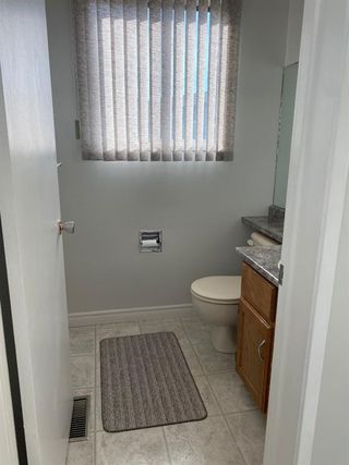 Photo 11: 554 STRATHCONA Drive SW in Calgary: Strathcona Park Semi Detached for sale : MLS®# A1020759