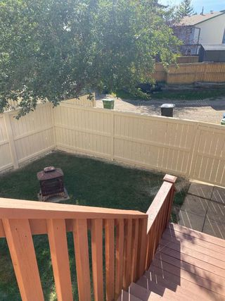Photo 33: 554 STRATHCONA Drive SW in Calgary: Strathcona Park Semi Detached for sale : MLS®# A1020759