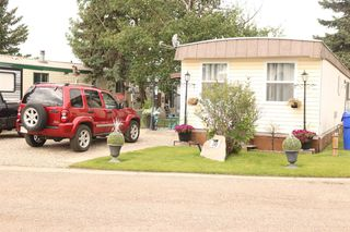 Photo 3: 38 5800 46 Street: Olds Mobile for sale : MLS®# A1022500