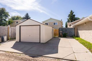 Photo 4: 4239 38 Street W in Edmonton: Zone 29 House for sale : MLS®# E4212129