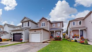 Photo 1: 22 Rustwood Street in Clarington: Bowmanville House (2-Storey) for sale : MLS®# E4963455