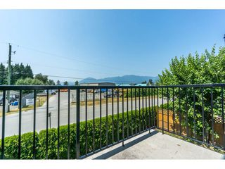 """Photo 19: 16 8880 NOWELL Street in Chilliwack: Chilliwack E Young-Yale Townhouse for sale in """"PARK SIDE"""" : MLS®# R2404652"""