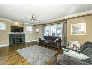 """Photo 4: 16 8880 NOWELL Street in Chilliwack: Chilliwack E Young-Yale Townhouse for sale in """"PARK SIDE"""" : MLS®# R2404652"""