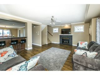 """Photo 6: 16 8880 NOWELL Street in Chilliwack: Chilliwack E Young-Yale Townhouse for sale in """"PARK SIDE"""" : MLS®# R2404652"""
