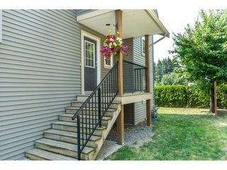 """Photo 2: 16 8880 NOWELL Street in Chilliwack: Chilliwack E Young-Yale Townhouse for sale in """"PARK SIDE"""" : MLS®# R2404652"""