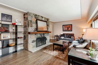 Photo 3: 12322 CARLTON Street in Maple Ridge: West Central House for sale : MLS®# R2412087