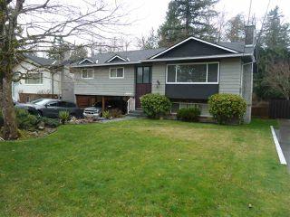 """Photo 1: 7125 114A Street in Delta: Sunshine Hills Woods House for sale in """"Sunshine Hills"""" (N. Delta)  : MLS®# R2427945"""