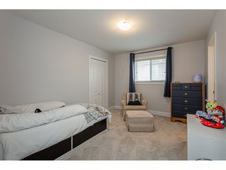 """Photo 15: 8366 208 Street in Langley: Willoughby Heights House for sale in """"Yorkson"""" : MLS®# R2433763"""