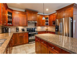 """Photo 10: 8366 208 Street in Langley: Willoughby Heights House for sale in """"Yorkson"""" : MLS®# R2433763"""