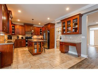 """Photo 11: 8366 208 Street in Langley: Willoughby Heights House for sale in """"Yorkson"""" : MLS®# R2433763"""