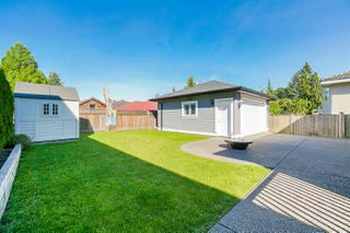 """Photo 39: 827 FOURTEENTH Street in New Westminster: West End NW House for sale in """"West End"""" : MLS®# R2459576"""