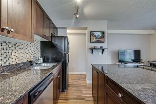 Photo 14: 106 4127 Bow Trail SW in Calgary: Rosscarrock Apartment for sale : MLS®# C4300518