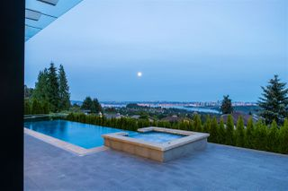 Photo 17: 1545 CAMELOT Road in West Vancouver: Chartwell House for sale : MLS®# R2464073