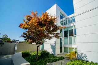 Main Photo: 776 W 6TH Avenue in Vancouver: Fairview VW Townhouse for sale (Vancouver West)  : MLS®# R2487923