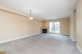 """Photo 9: 205 30525 CARDINAL Avenue in Abbotsford: Abbotsford West Condo for sale in """"Tamarind West"""" : MLS®# R2492594"""