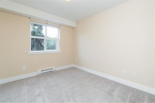 """Photo 15: 205 30525 CARDINAL Avenue in Abbotsford: Abbotsford West Condo for sale in """"Tamarind West"""" : MLS®# R2492594"""