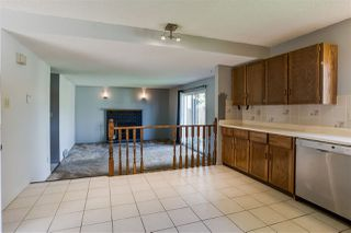 Photo 8: 10612 10 Avenue in Edmonton: Zone 16 House for sale : MLS®# E4170293